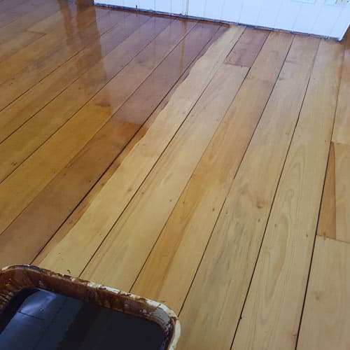 Staining timber floorboards